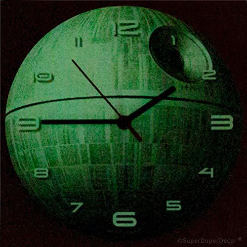 517no15N0qL - Reloj de pared de SuperDuperDecor, con diseño de la Estrella de la Muerte de la saga de La Guerra de las Galaxias, brilla en la oscuridad