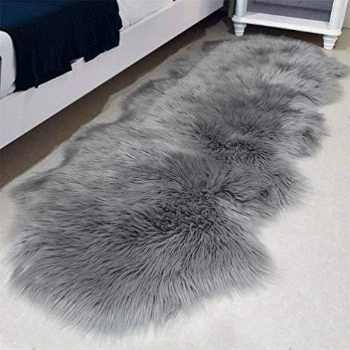 YIHAIC Faux Lammfell Schaffell Teppich, Kunstfell in Super weich Lammfellimitat Teppich Longhair Fell Optik Nachahmung Wolle Bettvorleger Sofa Matte (Grau, 60 x 160cm)