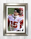 Engravia Digital Patrick Mahomes Kansas City Chiefs Poster Reproduction Autograph Picture Photo A4 Print (Silver Frame)