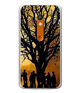 PrintVisa Designer Back Case Cover for Motorola Moto X Play (Image In Dark Of People Standing Under The Tree)