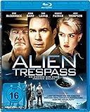 Alien Trespass [Blu-ray] - Eric McCormack, Jenni Baird, Jody Thompson, Dan Lauria, Aaron Brooks