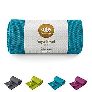 Lotuscrafts Yoga Handtuch Wet Grip – Rutschfest & Schnelltrocknend – Antirutsch Yogatuch mit hoher Bodenhaftung – Yogahandtuch ideal für Hot Yoga [183 x 61 cm]