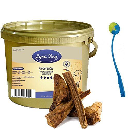 1 kg Rindereuter Lyra Dog Premium Leckerli Kausnack im Eimer GOLD+ Ballschleuder