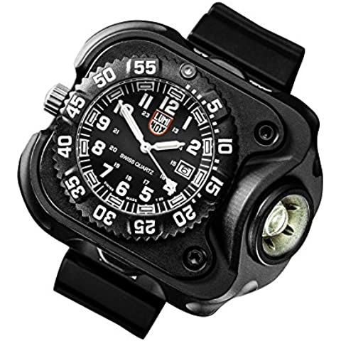 SureFire 2211 Luminox Rechargeable Variable Output LED