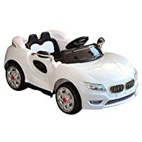 Questa splendida macchina elettrica è un giocattolo sicuro e divertente per i vostri figli piccoli. Adatta ai bambini di età tra i 2 e gli 8 anni. Permette di realizzare il sogno di ogni bambino di avere un'auto. La macchina può essere guidata sia i...