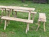 Rustikale Sitzgarnitur. 1 Tisch, 2 Bänke , Flächen aus Eichenholz 25-30 mm mit wild gewachsenen Beinen, geschält, je 115 cm lang für Larp, Reenactor und Mittelalter.