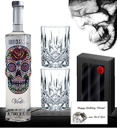 geschenkset-wodka-luxus-designer-vodka-iordanov-mit-kristallen-skull-mit-2-edlen-glsern-luxus-gesche