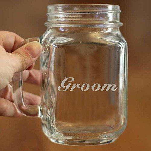 Groom Mason Jar Becher 16Oz Personalisierte Hochzeit Geschenk für Bräutigam und Braut Hochzeitstag Geschenk Schönes Party Favor Mason Jar Glas Cup Custom Namen oder Text auf Tasse Geschenk für Herren