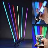 LED RGB Leuchtstab mit Fernbedienung - Lichtstab mit 8 Farben & 6 Farbwechsel-Programmen - dimmbare Leuchte niedriger Energieverbrauch max. 19W - Lebensdauer 32.000h - Made In Germany, Länge:100 cm