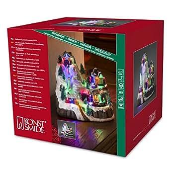 Konstsmide 3493-000 - Addobbi natalizi a LED, motivo: skilift e stazione, con animazione e 8 canzoni tradizionali di Natale, alimentazione a scelta con trasformatore interno 4,5 V o a 3 batterie AA 1,5V (non incluse), cavo trasparente