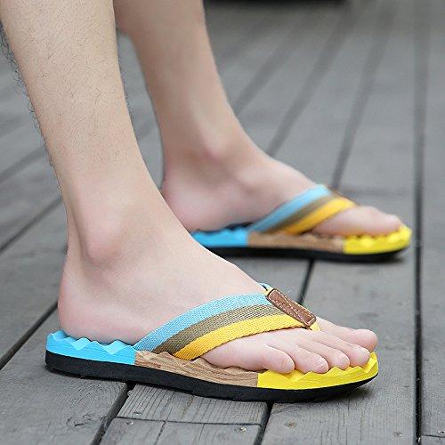 Tongs pour hommes Men's portable, chaussons, les pieds, les chaussures de plage d'été, loisirs, les hommes sandales tendance 789 yellow month