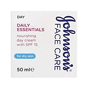 Johnson's Face Care Daily Essentials Nourishing 24 Hour Day Cream SPF15 - Pack of 6 (6)