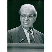 Vintage Foto de una foto de Javier pà © Rez de cuà © llar–Quinta Secretario General de las Naciones Unidas