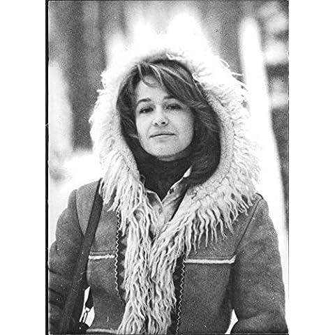 Vintage Foto de Marina neyolova lleva un mullidas Hood–Chaqueta para hombre.
