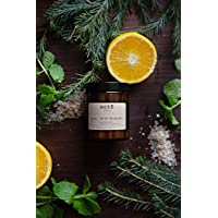 JOY OF THE HOLIDAYS CANDLE Essential oil candle 180ml