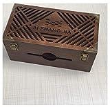 YOSPOSS Kabelkanal Box KZ5327-W976 Massivholz Schreibtisch Aufbewahrungsbox Kabelmanagement Box Holzregal Eckregal Kupfer Muster Dekor mit Schloss Büro Holz Schreibtisch Organizer 29 * 15 * 13 cm