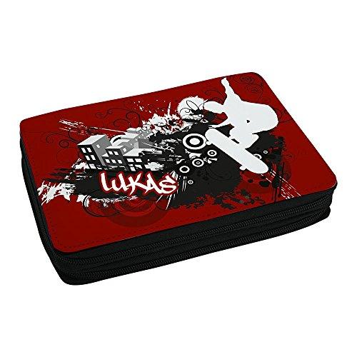 Schul-Mäppchen mit Namen Lukas und Skater-Motiv mit Skateboard und cooler Graffiti-Schrift - Federmappe mit Vornamen - inkl. Stifte, Lineal, Radierer, Spitzer