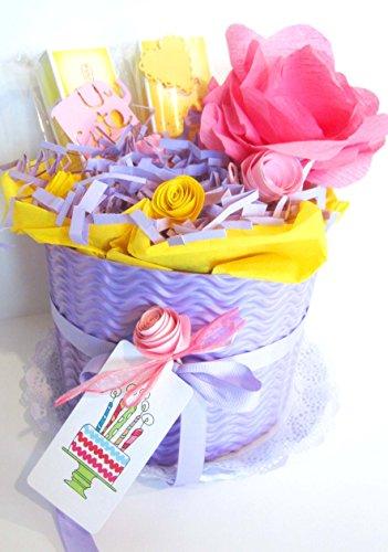 Torta di Pannolini DODOT con 20 Pannolini e 2 Creme Weleda   Modello MALVA ROSA   Personalizzabile con il Nome del Bebé   Diaper Cake   Baby Shower Gift Idea   Tono Rosa/Viola, Per Femminucce