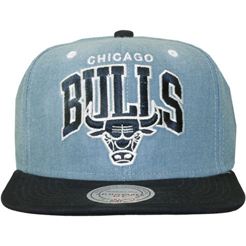 Mitchell And Ness - Casquette Snapback Homme Chicago Bulls Chambray Arch - Blue