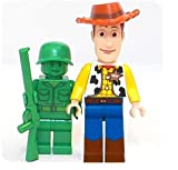 Lego Disney Toy Story - Minifigur Woody and Green Army Soldat