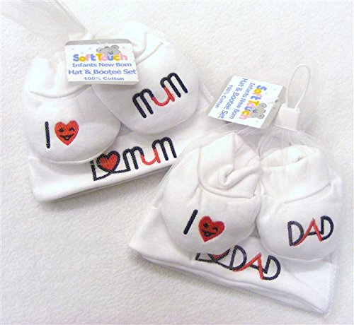 white-black-and-red-i-love-mum-or-i-love-dad-hat-and-booties-set-unisex-baby-newborn-i-love-mum