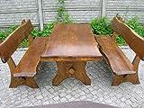 Sitzgarnitur mit handgefertigtem Gartentisch und zwei Sitzbänken mit Rückenlehne aus Massivholz