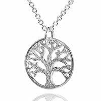 Questo gioiello con ciondolo a forma di albero della vita è stato lavorato in argento Sterling 925massiccio e viene fornito con una catena a maglie da 45cm.Anche il retro del ciondolo è stato lavorato in modo notevole.Inoltre il ciondolo è ...