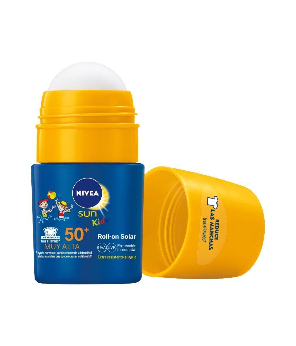 NIVEA SUN Roll-On Solar Niños Protege & Juega FP50+ (1 x 50 ml), protector solar roll-on para niños, crema solar…