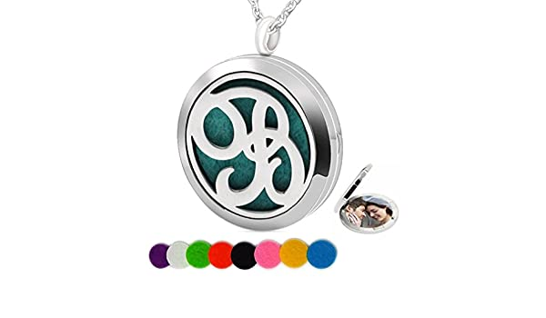 8mm X 7mm//14mm with Bail 18K Yellow Gold Green Enamel Girl Charm