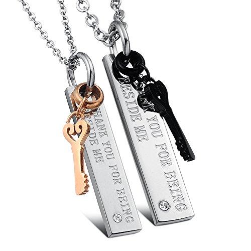 Kim Johanson Pärchen Halsketten für verliebte aus Edelstahl mit Schlüssel und Gravur inkl. Schmuckbeutel