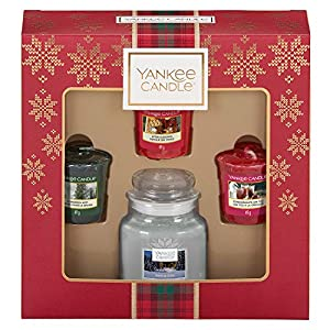 Yankee Candle Gift Set with 3 Scented Votive Candles and 1 Small Jar Scented Candle, Alpine Christmas Collection, Festive Gift Box