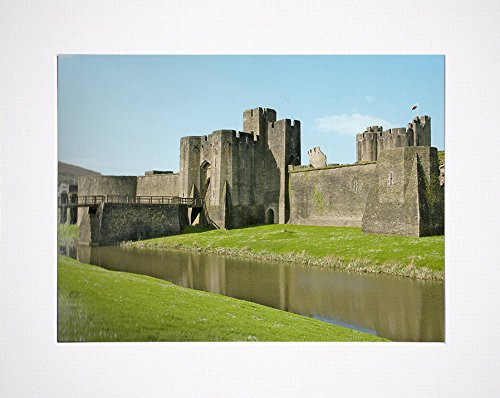 Wales - Caerphilly (Castle Mini Poster - 36 x 28 cm -