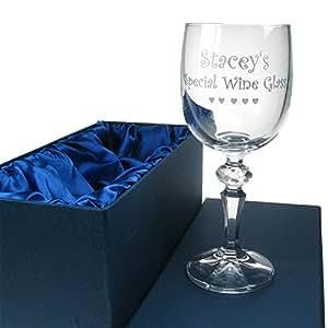 Cadeau d'anniversaire Nan, gravée en cristal 24% plomb Verre à vin dans une boîte de présentation doublé en satin, Nan idées cadeau