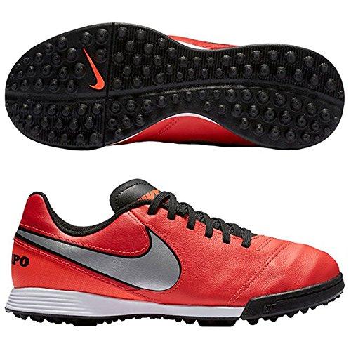 Nike Jr Tiempo Legend Vi Tf, Scarpe da Calcio Unisex Bambini Multicolore (Naranja / Plateado / Rojo (Lt Crmsn / Mtllc Slvr-Ttl Crmsn))