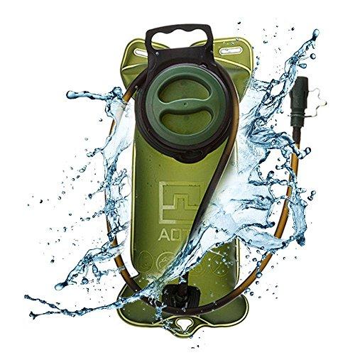 Umiwe Wasser Blase, 2L Lecksicher Trinkblase FDA genehmigt Wasser Reservoirbeutel Rucksack Weste mit großer Öffnung & Isolierung Drink Tube Cover für Sport Radfahren Camping Klettern Wandern