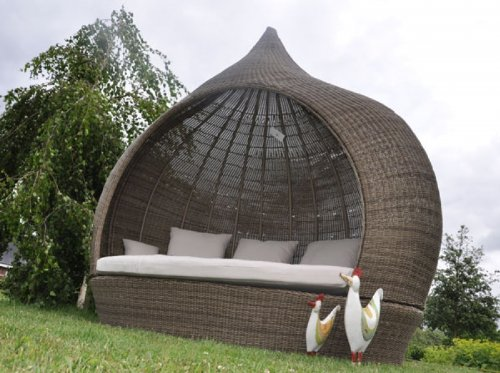 Liegeinsel Eye Catcher Cubu Olive einseitig offen Lounge Gartenliege Liegefläche Garten Polyrattan Zwiebelform