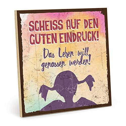 TypeStoff Holzschild mit Spruch - Scheiss AUF DEN Guten Eindruck - Shabby chic Retro Vintage Nostalgie deko Typografie-Grafik-Bild bunt im Used-Look aus MDF-Holz (19,5 x 19,5 cm)