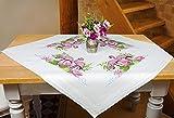 Kamaca Stickpackung DEKORATIVE Flamingos - Kreuzstich vorgezeichnet - Stickdecke und Stickgarn aus 100% Baumwolle - fertig gesäumt mit eingewebtem Zierrand - zum Selbersticken (Mitteldecke 80x80 cm)