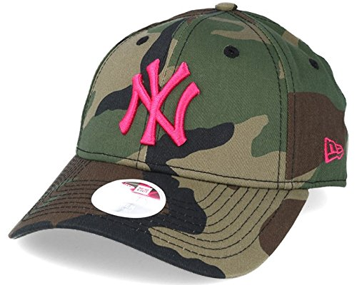 New Era NY Yankees Camo Pink 940 Adjustable