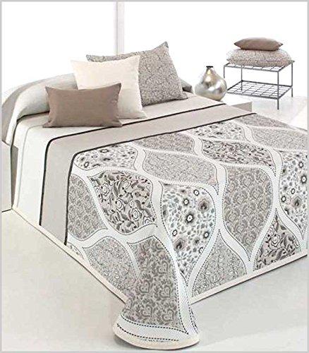 Couvre-lit bouti cecyly de grande qualité. En Vert Et Blanc ou beige-marrón et blanche, pour lits de 135 cm et 150 cm 250_x_270_cm marron