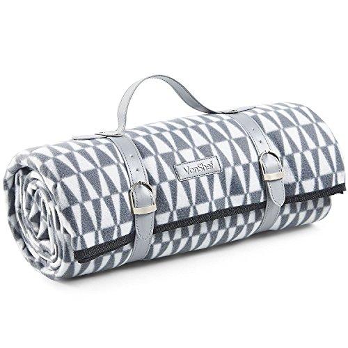 VonShef XL Picknickdecke mit Grauem Geometrischem Muster/Fleecedecke mit Tragegurt aus Kunstleder und Wasserfester Beschichtung - 147 x 180 cm