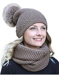8acfb9665d38 HILLTOP - ensemble hiver avec écharpe et bonnet assorti (bonnet avec pompon)