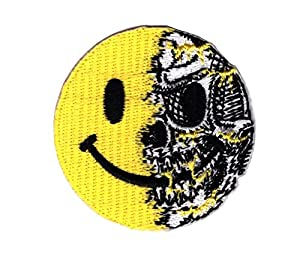 Smiley Skull Airsoft Tactical Morale Iron On Patch by Titan One Écusson Brodé Patch Thermocollant
