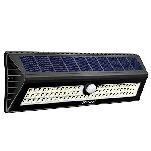 Luce Solare Mpow 77LED con Sensore di Movimento, Lampada Impermeabile a Parete Luminosa, Luce Solare 3 Modalità fuzione e 120 Grado di Rilevamento Angolo, Grandi Luci Solari Esterne Per Giardino, Vialetto, Cantiere, Garage, Percorso e Patio