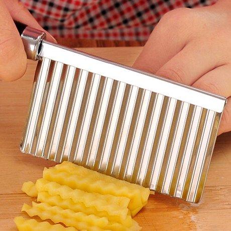 RUGAI-UE 2Stück Multi-Funktion Schneiden Kartoffeln Wave Messer Schere Kartoffelsalathobel Chips Schneide 19× 6cm