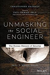 [(Unmasking the Social Engineer : The Human Element of Security)] [By (author) Christopher Hadnagy ] published on (April, 2014)