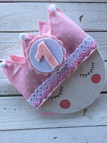 corona-de-tela-para-cumpleanos-rosa-claro-con-lunarcitos