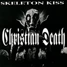 Skeleton Kiss