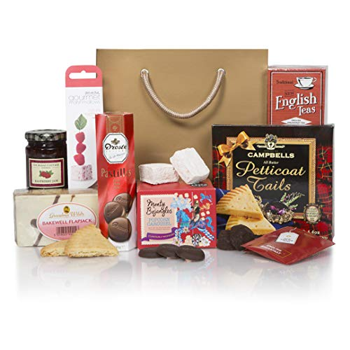 Sweet Treats For Her Christmas Hamper - The Perfect Xmas Gift Hampers - Ideal as a Christmas Gift, Birthday Present or Thank You Gifts Hamper