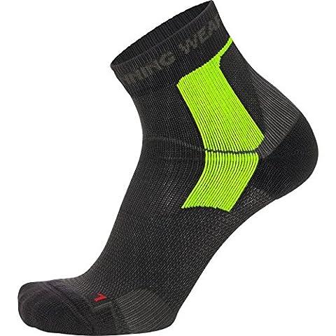 GORE RUNNING WEAR FESSTE Men's ESSENTIAL Tech Socks, black/graphite grey, EU size 41-43